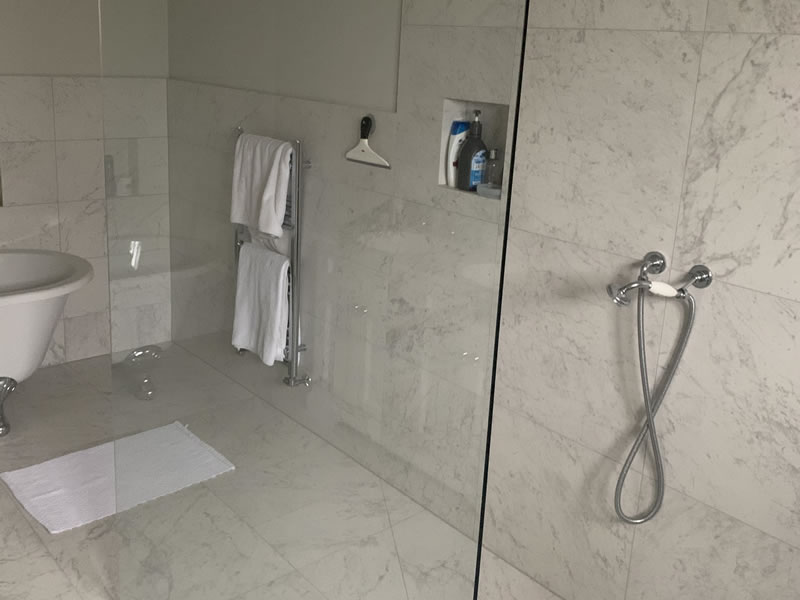 Shower in Thame